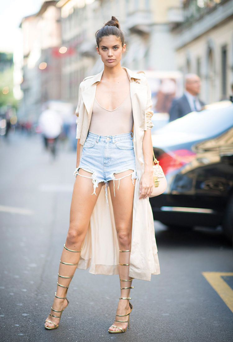 Street Style Sara Sampaio - BlondiBrunette